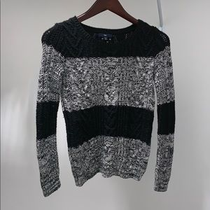 Women's colorblock sweater